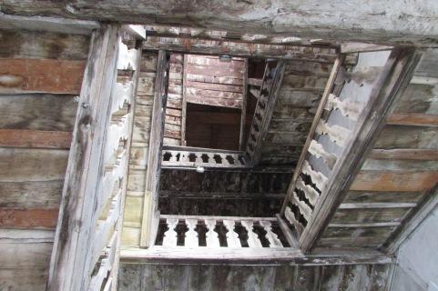 Scala in legno - centro paese